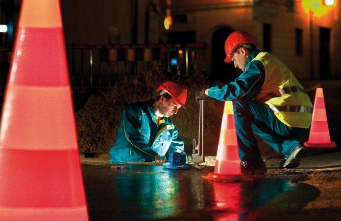 Operatori Hera al lavoro (foto di repertorio)