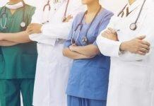 Personale medico (foto repertorio Shutterstock.com)