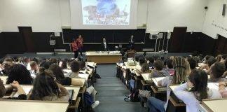 unife studenti a lezione