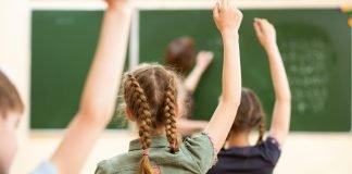 Classe scuola primaria (foto archivio Shutterstock)