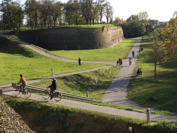 Mura di Ferrara (foto di Luca Gavagna, credit Visit Ferrara)