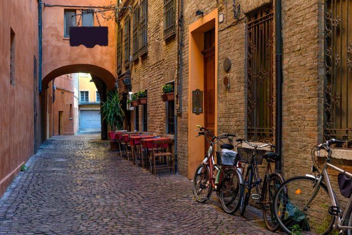 via delle Volta Ferrara