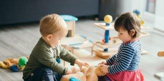 bambini asilo shutterstock