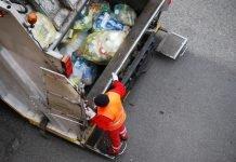 raccolta rifiuti (foto repertorio Shutterstock.com)