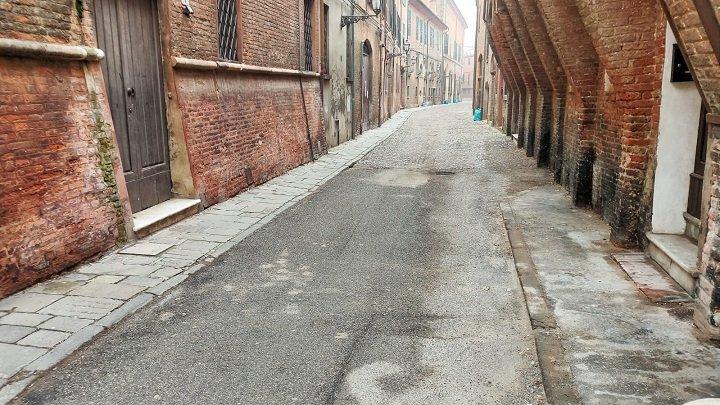 Via delle Vecchie a Ferrara