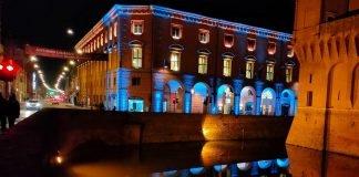 Il Teatro di Ferrara si illumina