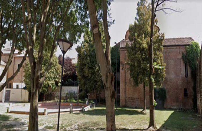 piazzetta Cacciapuoti a Ferrara