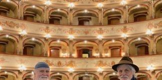 Michele Placido e Moni Ovadia al Teatro Comunale di Ferrara (©️ Archivio FTCF foto Marco Caselli Nirmal)